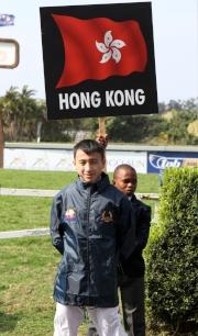圖一、二<br> 香港代表呂卓賢在2014亞洲見習騎師挑戰賽中取得第六名。