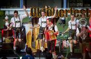 The Notenhobler, a top band from Munich.