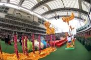 金鼓齊鳴舞獅匯演氣勢非凡,為現場平添新春喜氣。