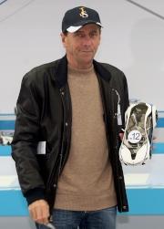 練馬師蔡約翰為旗下賽駒「戰利品」抽得12檔。