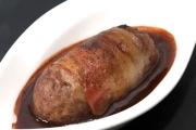 牛肉腸意大利煙肉卷<br> (2014 Luxembourg Culinary World cup – 金獎)