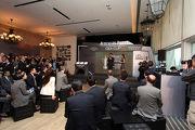 一眾嘉賓出席今天的獲選參賽馬匹名單公佈會,支持4月26日在沙田馬場舉行的愛彼女皇盃。