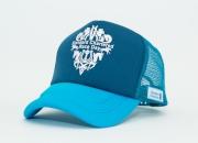 每位於週日進入沙田及跑馬地馬場的馬迷均可獲贈渣打賽馬日冠軍帽一頂。贈品數量有限,送完即止。