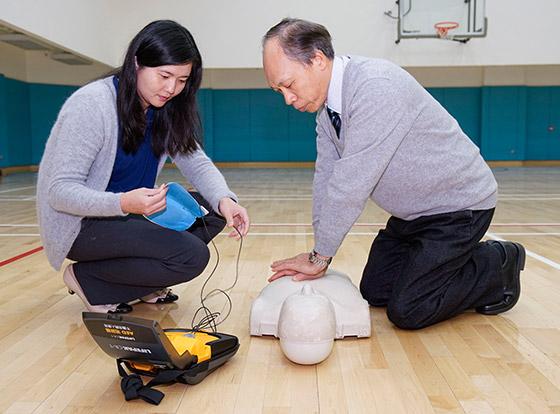 校園置自動心臟復甦機 師生「安心」