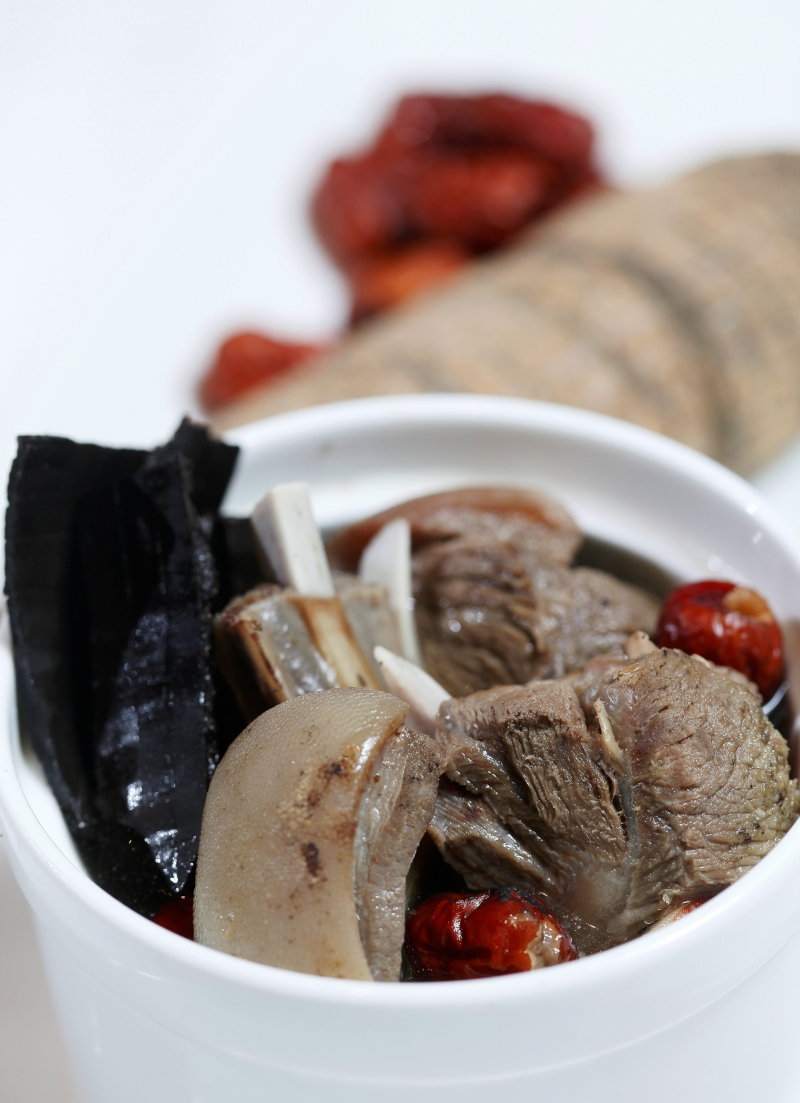 Double Boiled Soup with Eucommia & Lamb HK$55