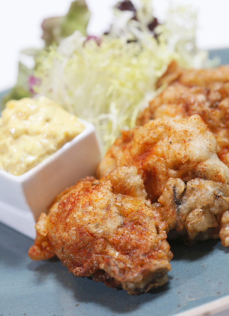 Deep-fried Oysters (4 pcs), served with Mustard Tartar Sauce HK$80