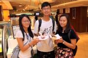 沙田馬場的美食廣場「好賞食」特別推出以煲呔或蝴蝶結元素的美食,中、西兼備。