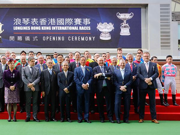 今屆浪琴表香港國際賽事刷新多項紀錄創下馬壇佳績