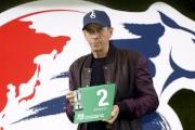 浪琴表香港瓶 –「東方快車」的練馬師蔡約翰為該駒抽得第2檔。