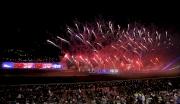 圖十九, 二十, 二十一, 二十二 全日賽事過後,沙田馬場上空發放璀璨煙火,為浪琴表香港國際賽事畫上完美句號。