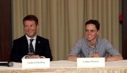 圖一、二、三: 馬會賽事規管及發展執行總監夏定安(圖一、左)及公司騎師麥偉利(右)今晨於沙田馬場與一眾本地傳媒見面。