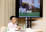 見習騎師潘明輝認為賽事見習學員培訓計劃,為他的策騎事業打下穩固根基。