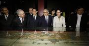 眾嘉賓參觀「香港賽馬會呈獻系列:萬壽載德 — 清宮帝后誕辰慶典」展覽。
