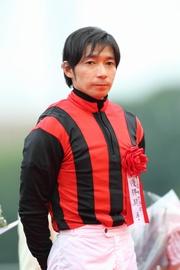 圖一、圖二 : 日本冠軍騎師內田博幸。