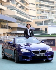 Celebrity guest Ekin Cheng arrives in style on-board the newly launched BMW M6 convertible.